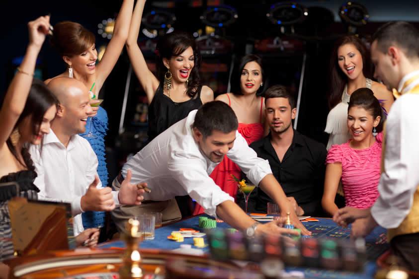 playing roulette fun casino night